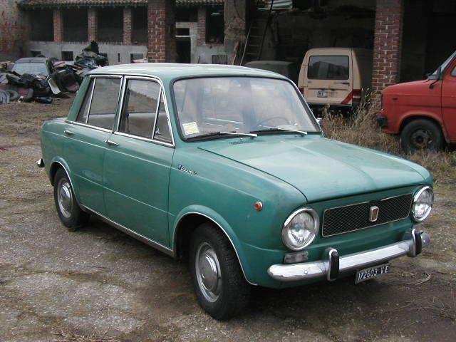 Fiat-850-Lucciola-Berlina-1964