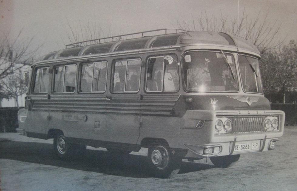 1952--Smallbus--Ayats