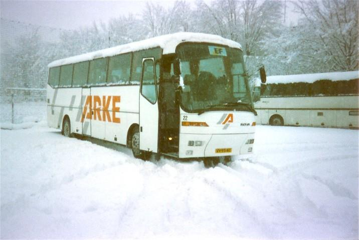 ohb-22bkVV-95-NT
