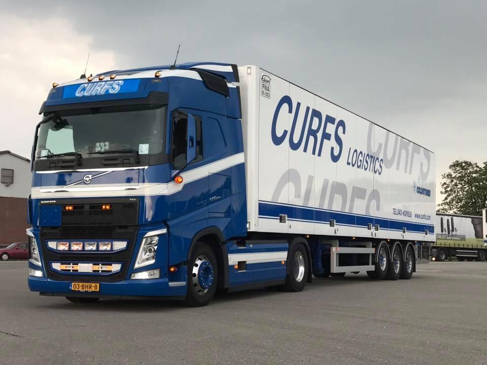Volvo-met-schuifwanden-opl-nu-Kant-en-klaar-Bart-Manders-chauffeur