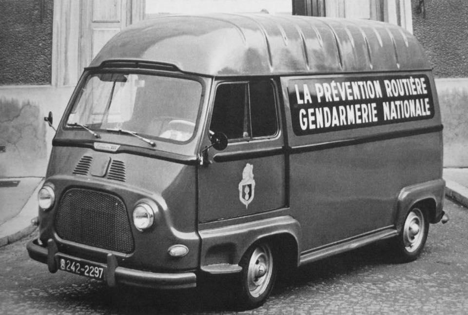 Renault-Estafette-2