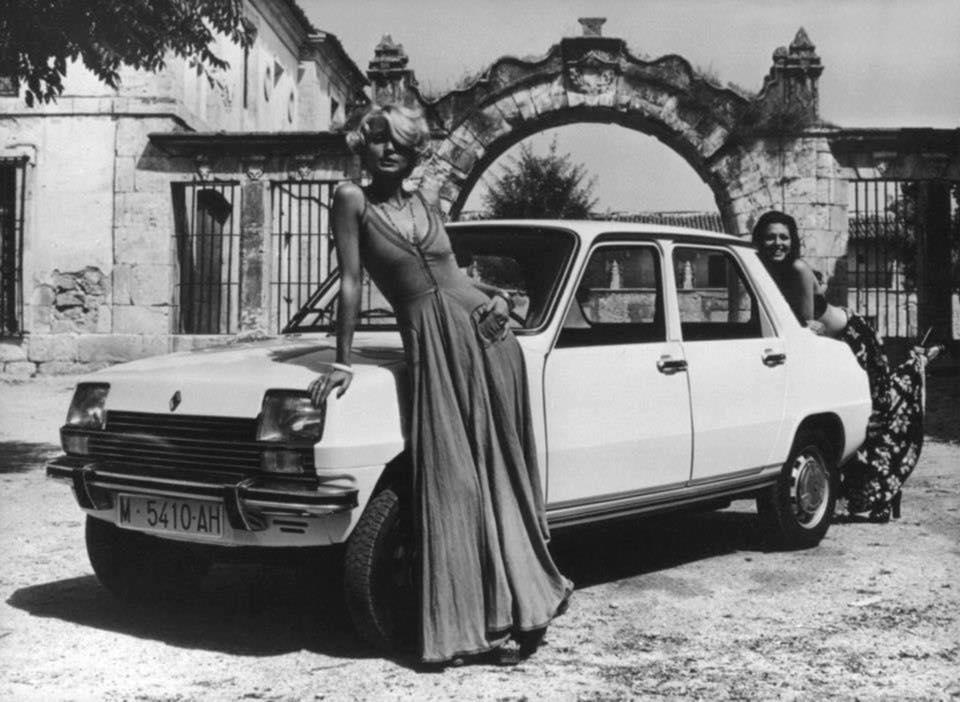 Renault-Site-1974-Spaans-variant-met-koffer-eraan-1