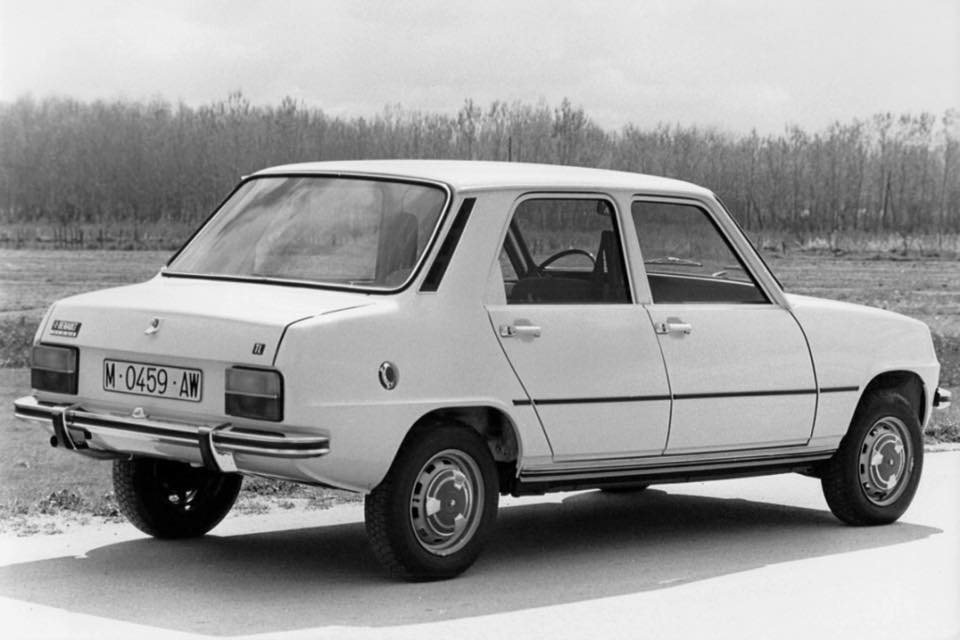 Renault-Site-1974-Spaans-variant-met-koffer-eraan-2