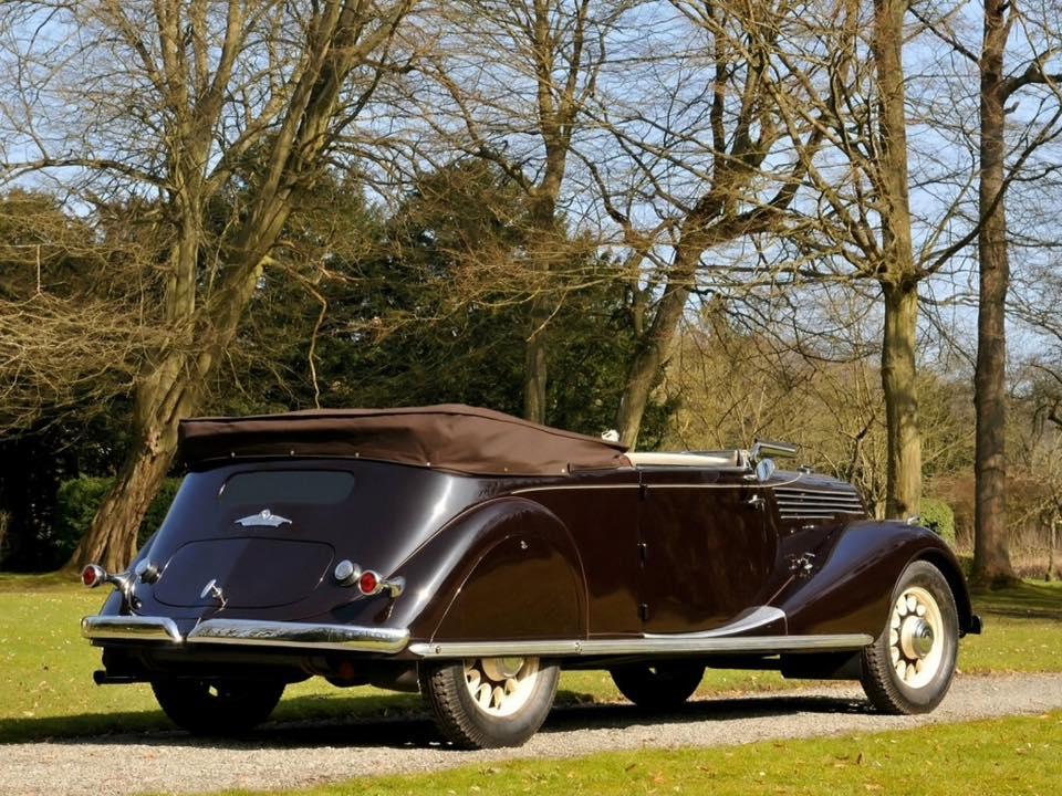 Renault-Nervastella-Grand-Sport-Cabriolet-1935-4