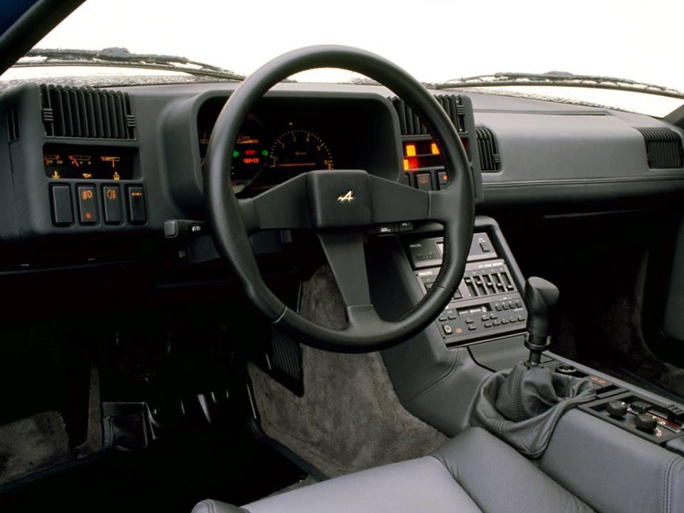 Reanult-Alpine-GTA-V6-Turbo-Le-Mans-1990-2