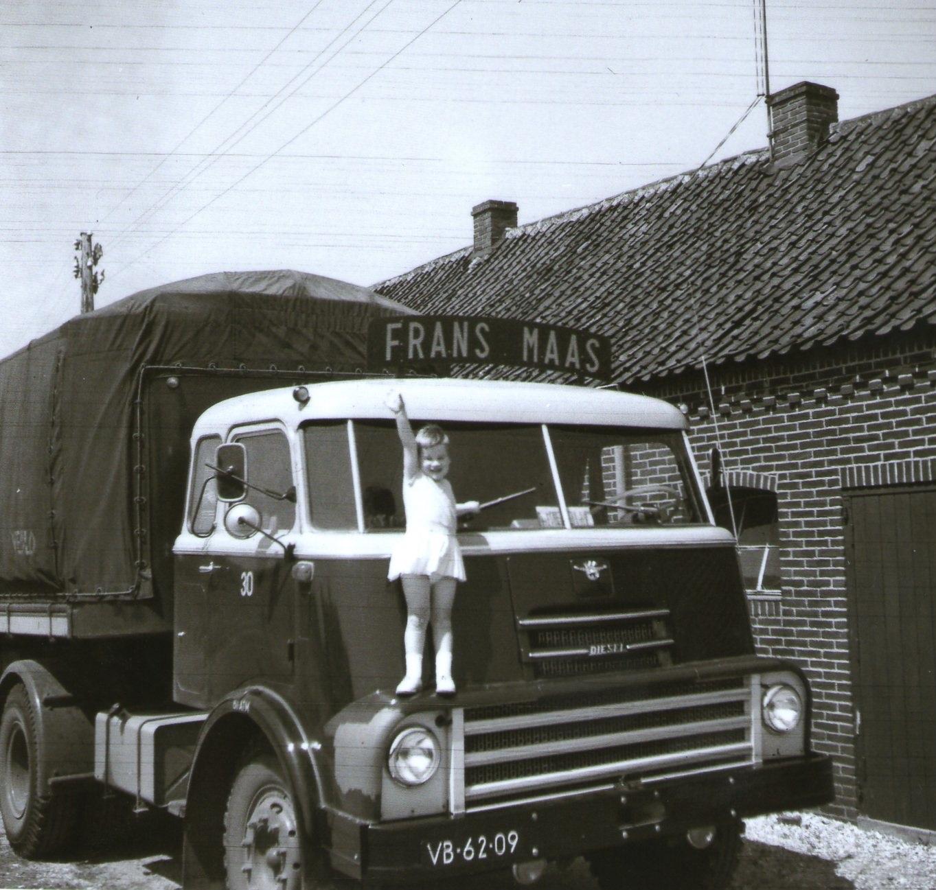 Frans-Maas-Daf-2000-DO-nr-2-Petra-Dochter-van-Haij-Luijpers-chauffeur