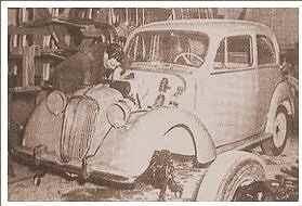 Simca-1200-tijdens-de-assemblage