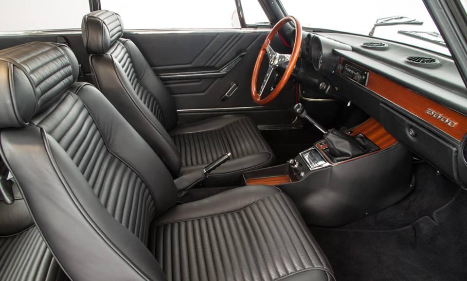 Alfa-Romeo-2000-GTV-2
