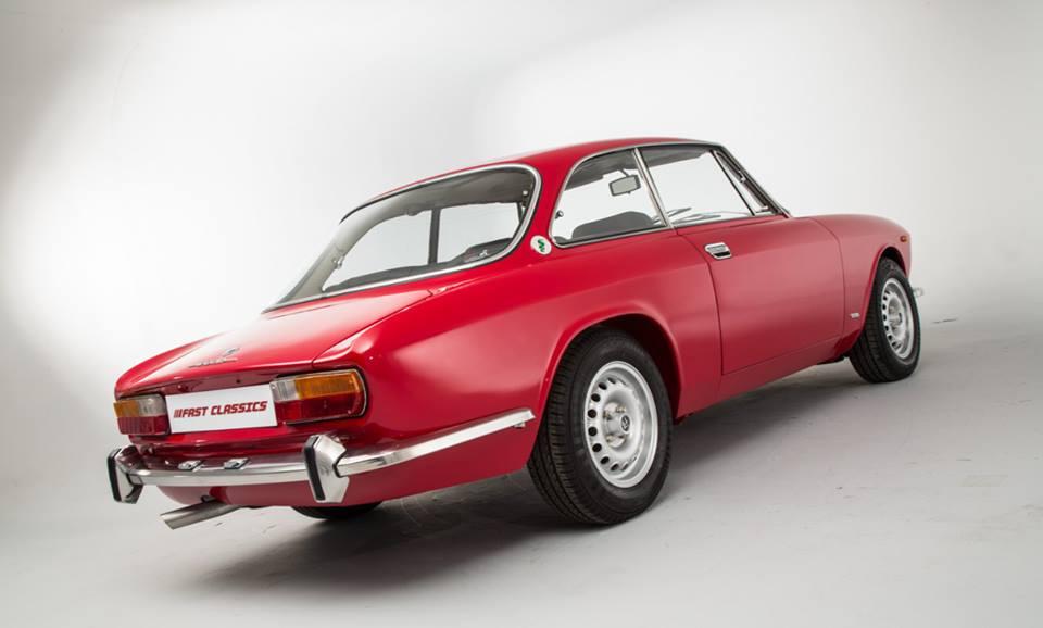 Alfa-Romeo-2000-GTV-3