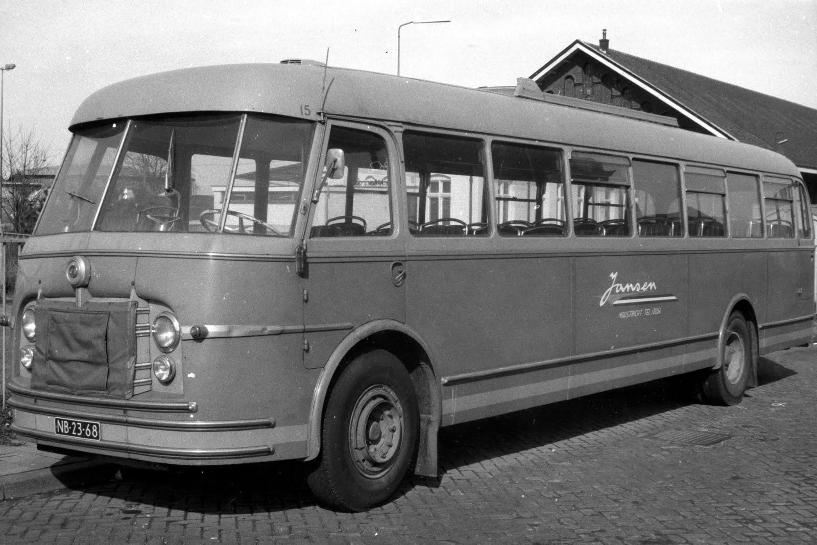 Kromhout-B6VB2-Carr-Verheul--50-zitpl-Bj-1952-uitdienst-1974