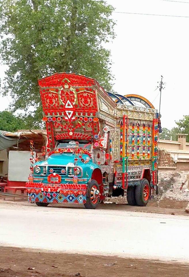 East-Trucks-12