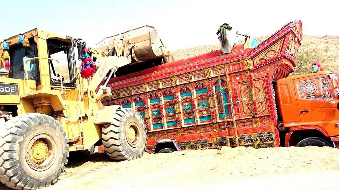 East-Trucks-16