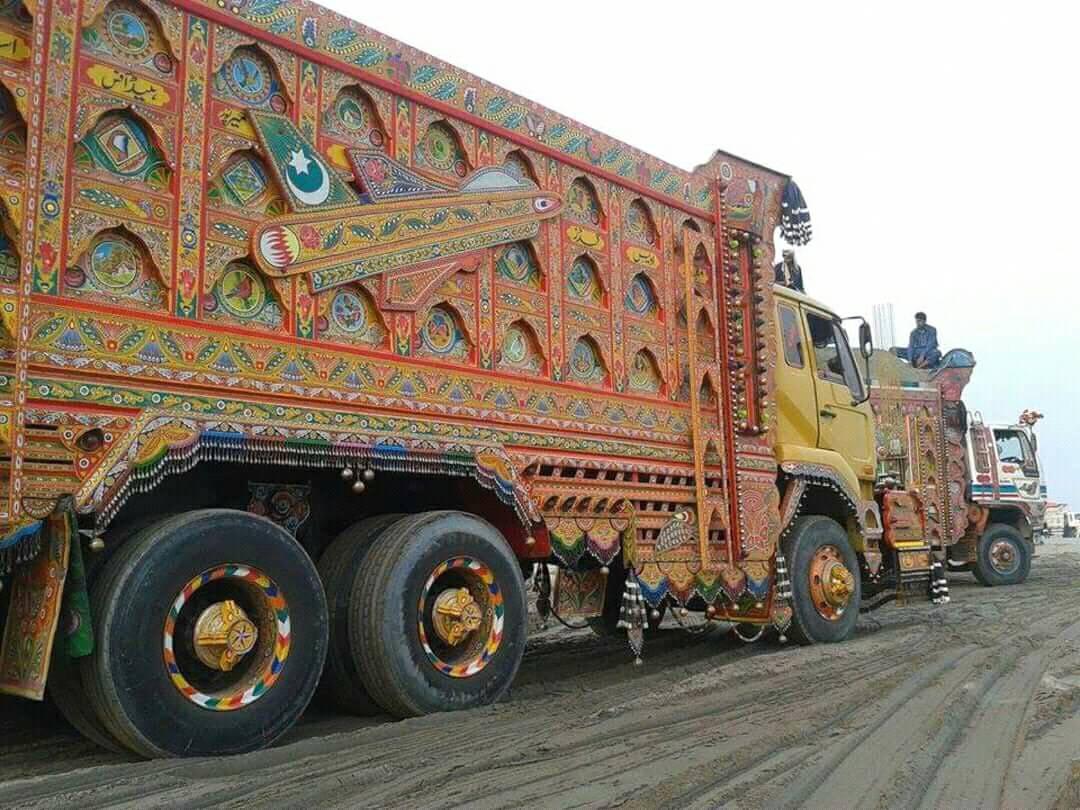 East-Trucks-5