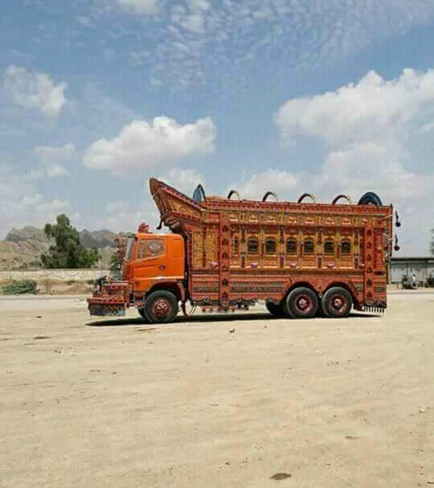 East-Trucks-6