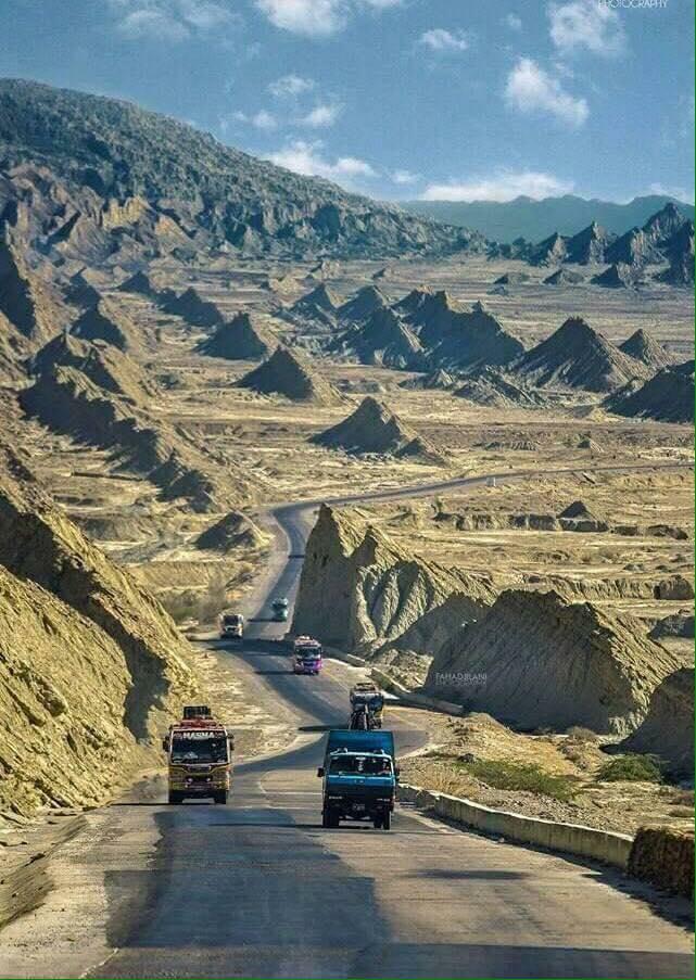 Pakistan-road