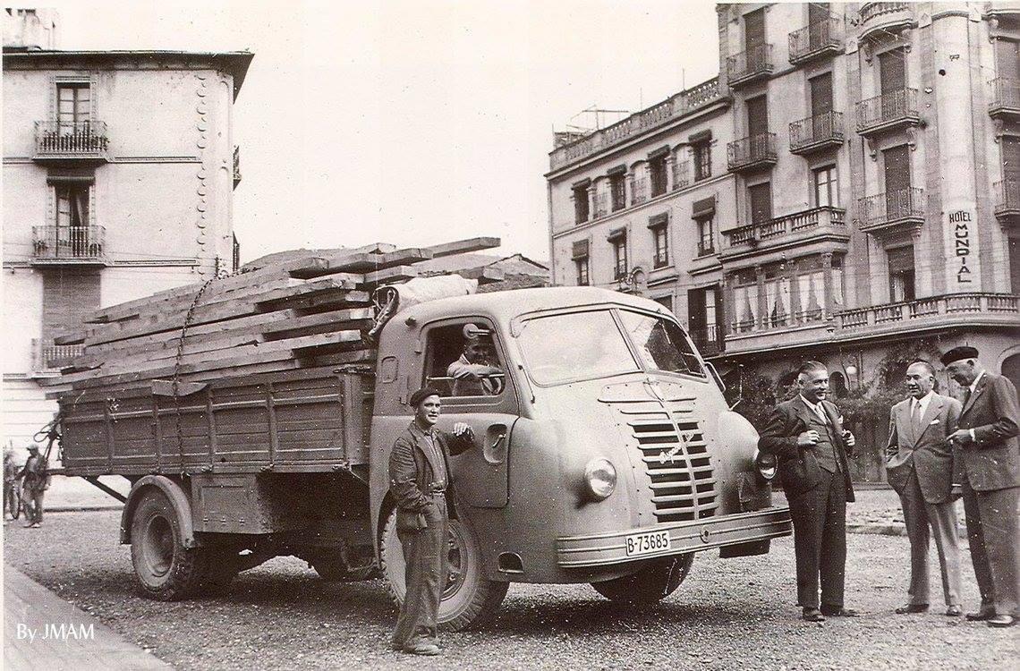 Hispano_Suiza-66-1942-eerste-met-slaapcabine-in-Barcelona