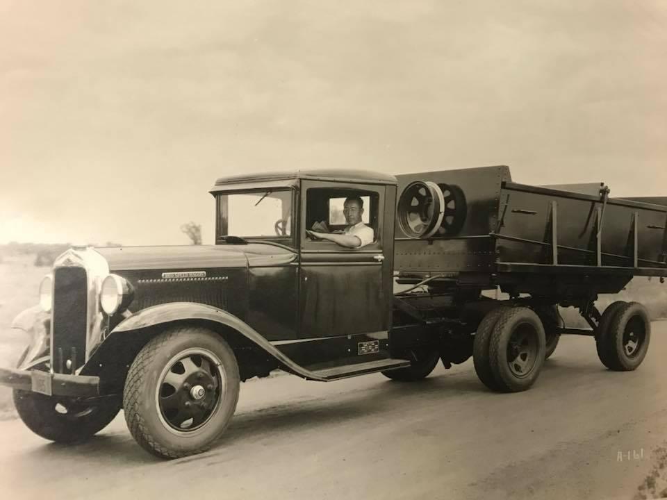 REO-Speed-Wagon-1930-1[1]