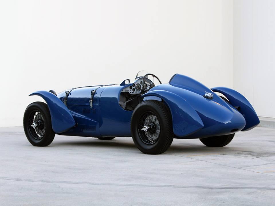 Talbot--Lago-T150C-SS-Roadstar-carr-Figoni_Falaschi-1938-3[1]