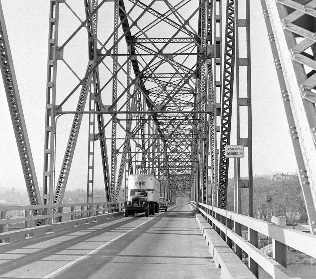 PIE-TRansport-1946-43