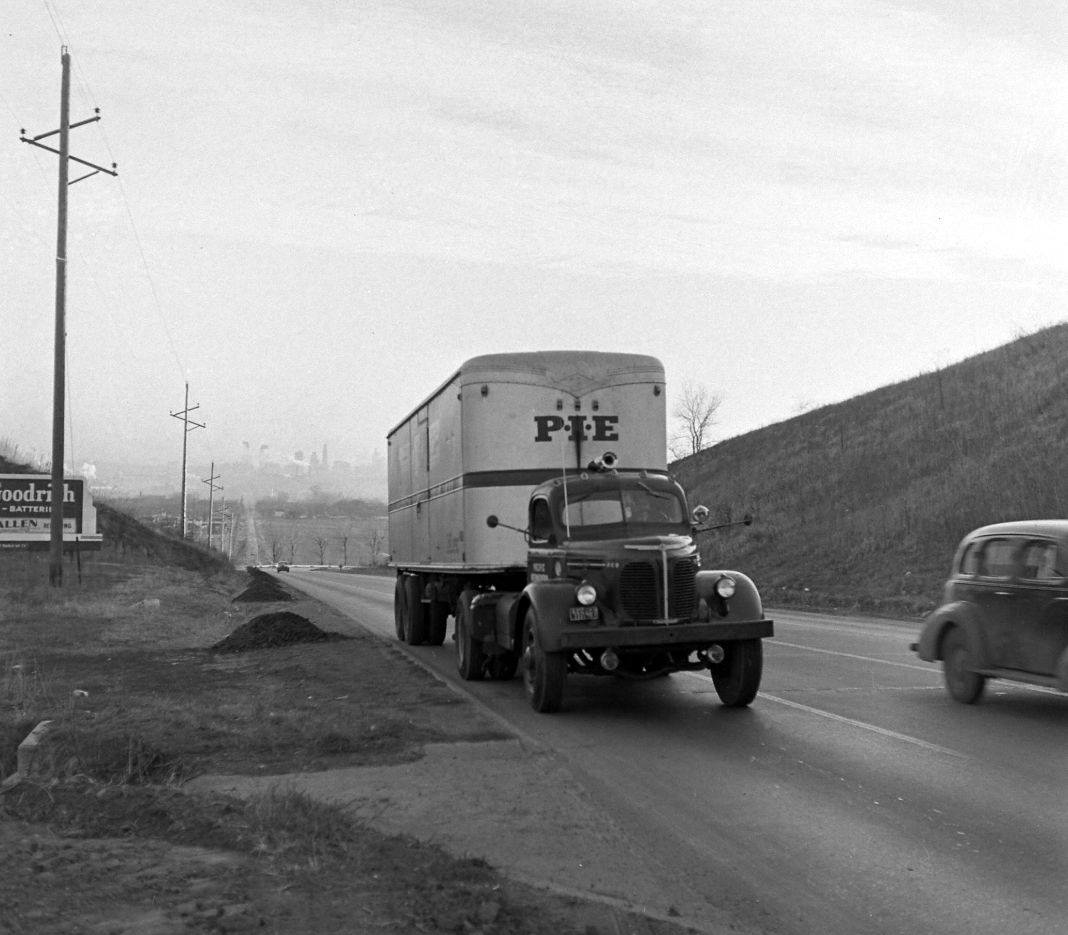 PIE-TRansport-1946-53