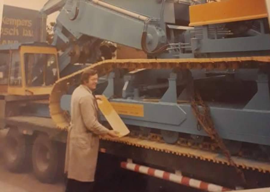 Via-Bart-Larmit-foto-s-van-jan-de-bont-rip-gekregen-van-zijn-zoon-Peter-dankje-voor-deze-mooie-foto-s-van-deze-chauffeur-in-hart-en-nieren--17