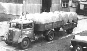 Leyland--Fa-Knap-Krommenie