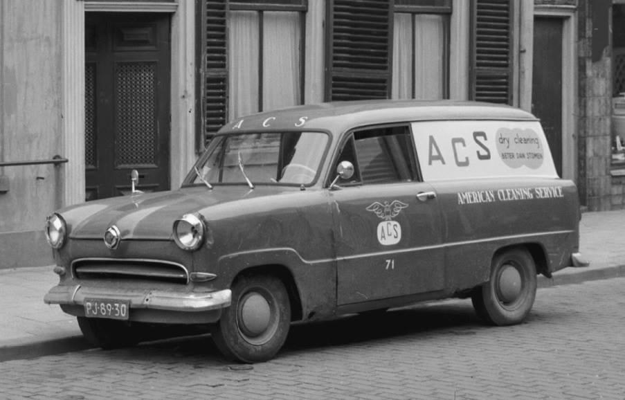 Ford-Taunus-12M-Lieferwagen-Baujahr-1956-