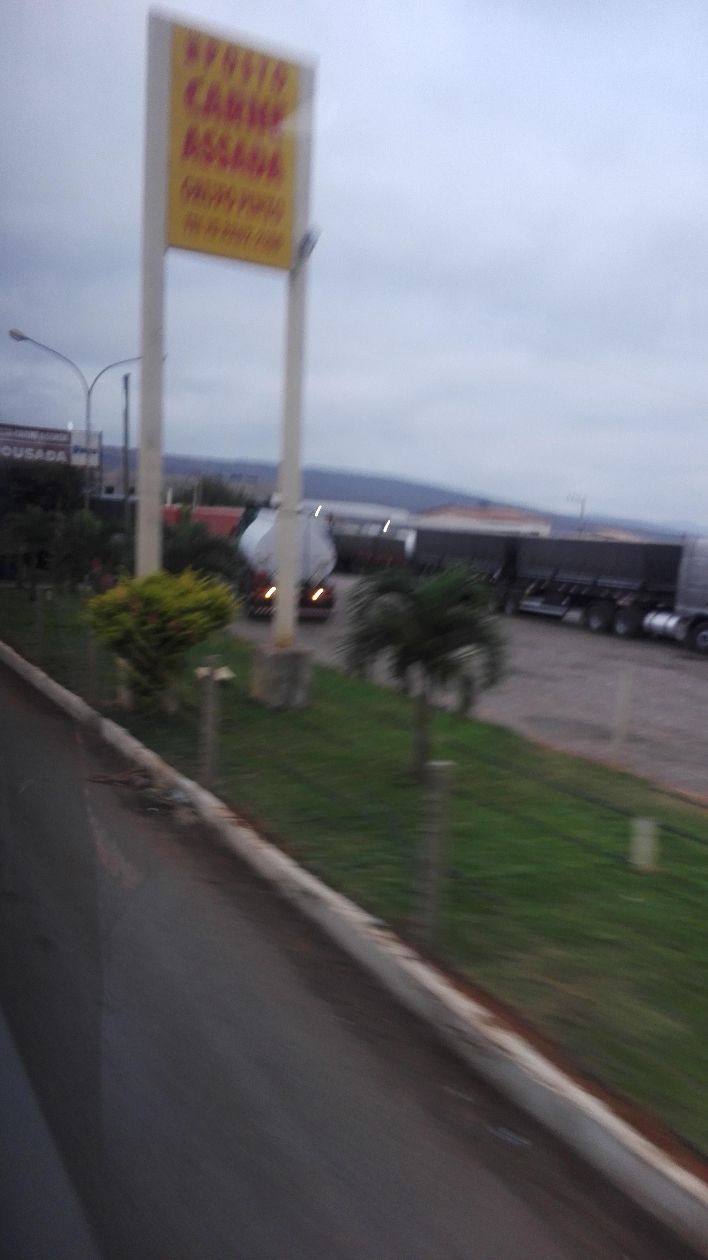 de-eerste-indrukken-op-deze-weg-richting-Ibitiara-13