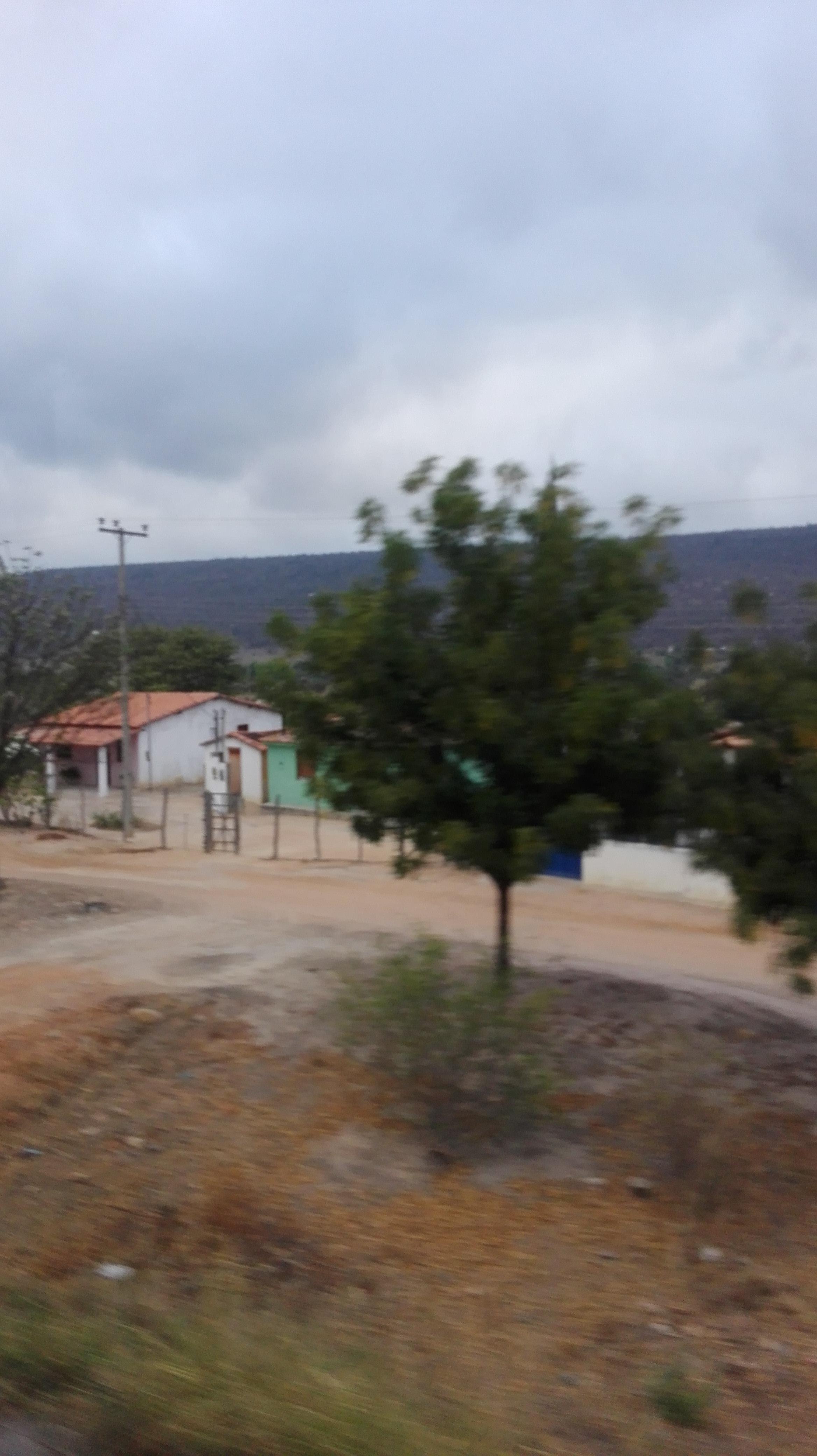 de-eerste-indrukken-op-deze-weg-richting-Ibitiara-19