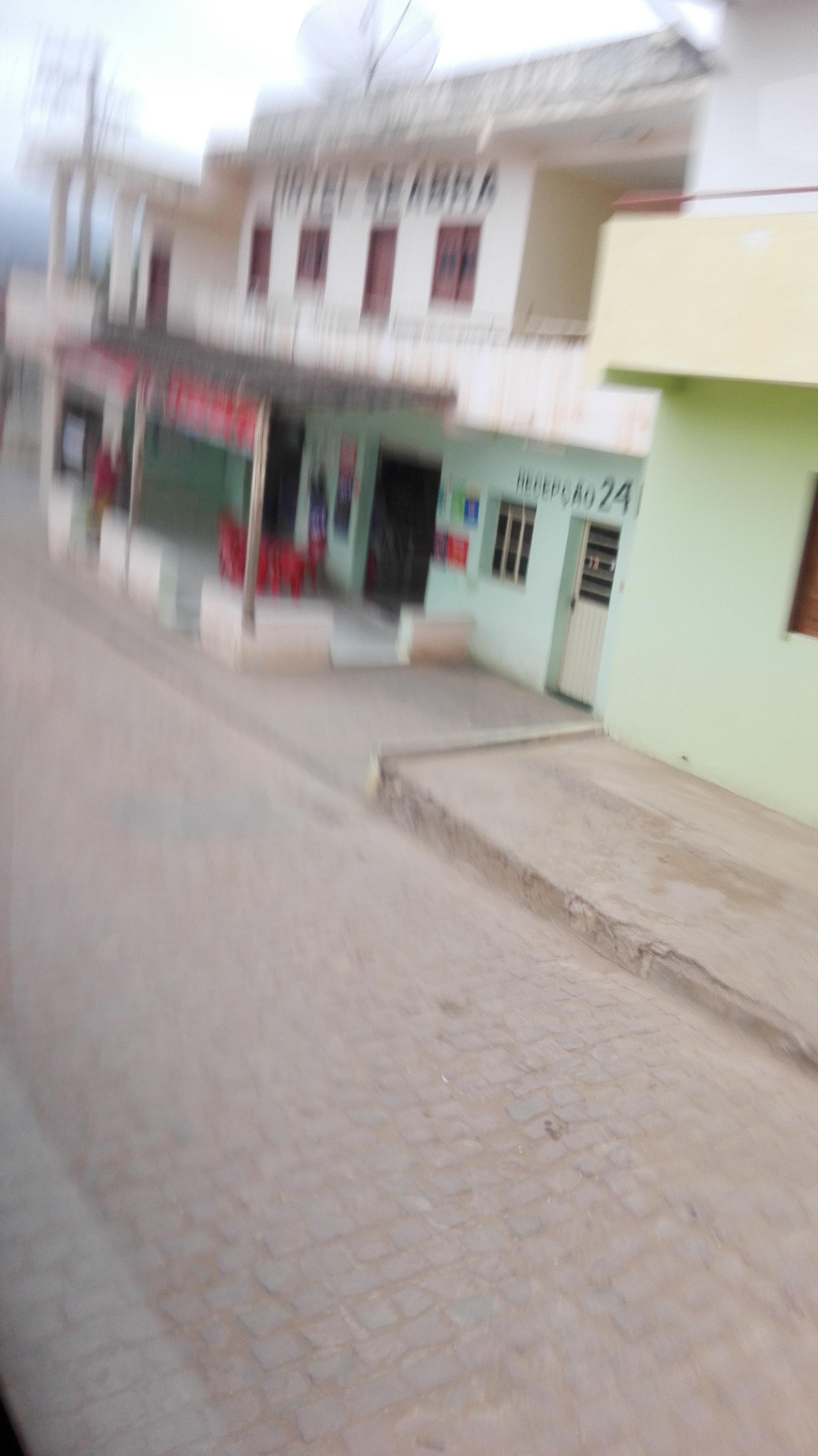 de-eerste-indrukken-op-deze-weg-richting-Ibitiara-25