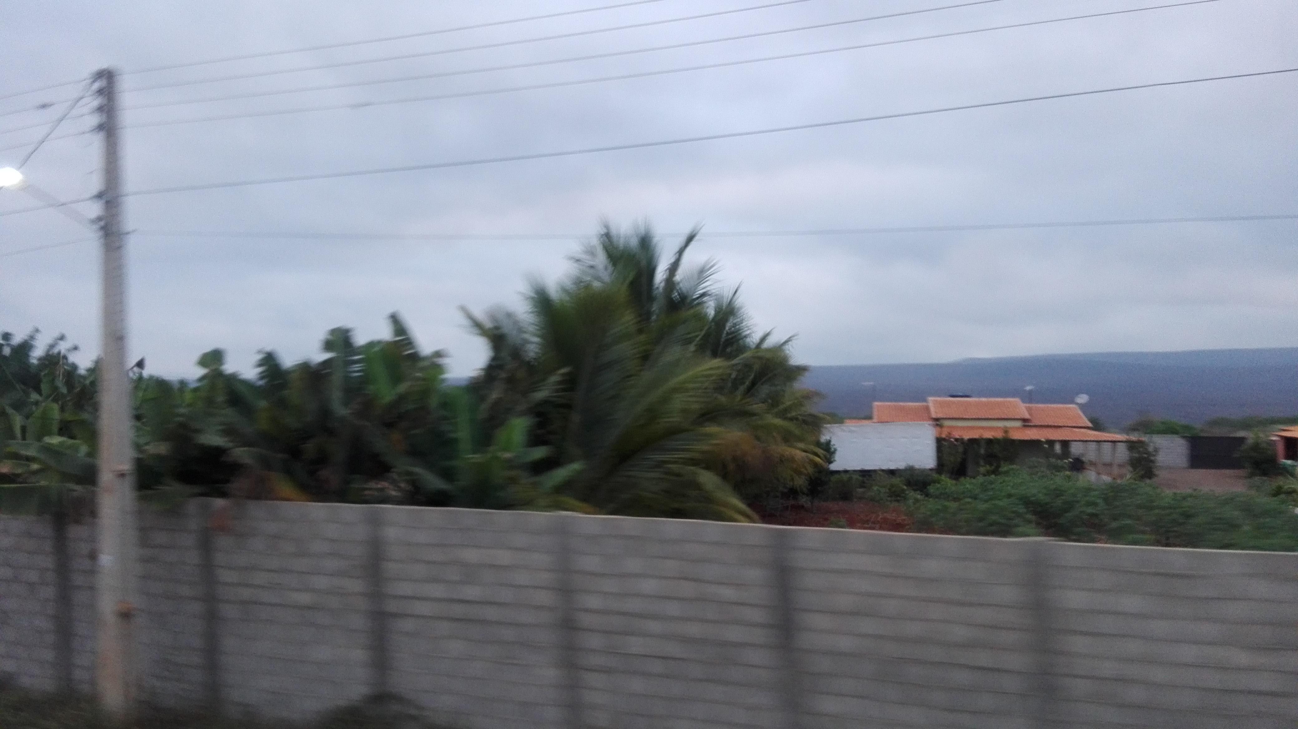 de-eerste-indrukken-op-deze-weg-richting-Ibitiara-8