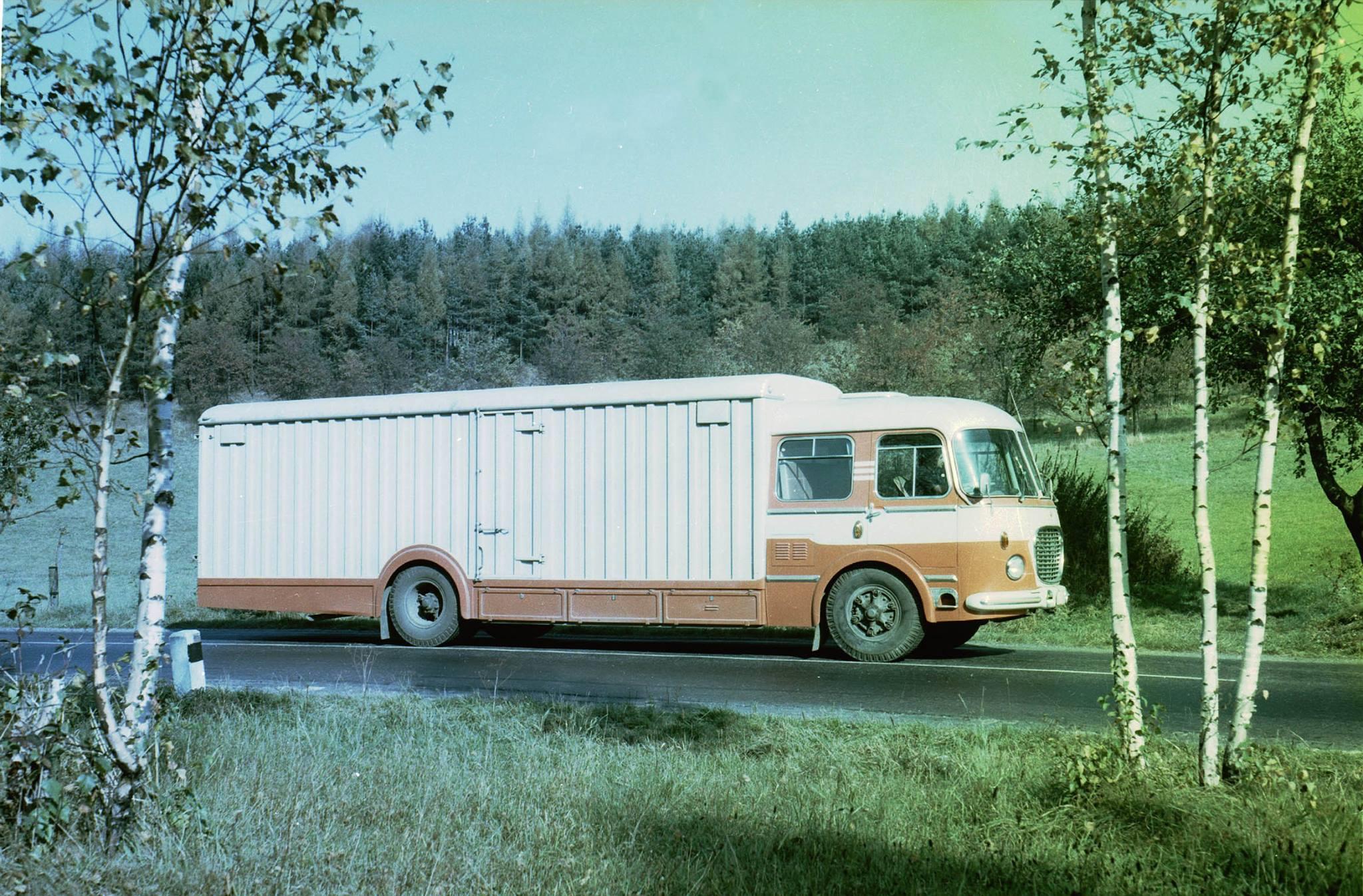 Rijdende-auto-Skoda