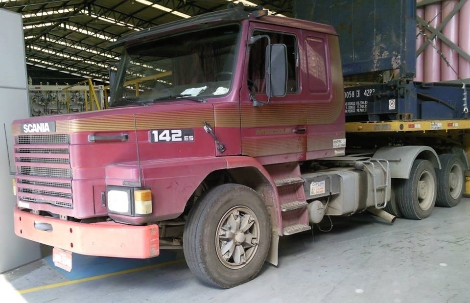 Michel-Silva-Scania-T142ES-400-V8-6X4