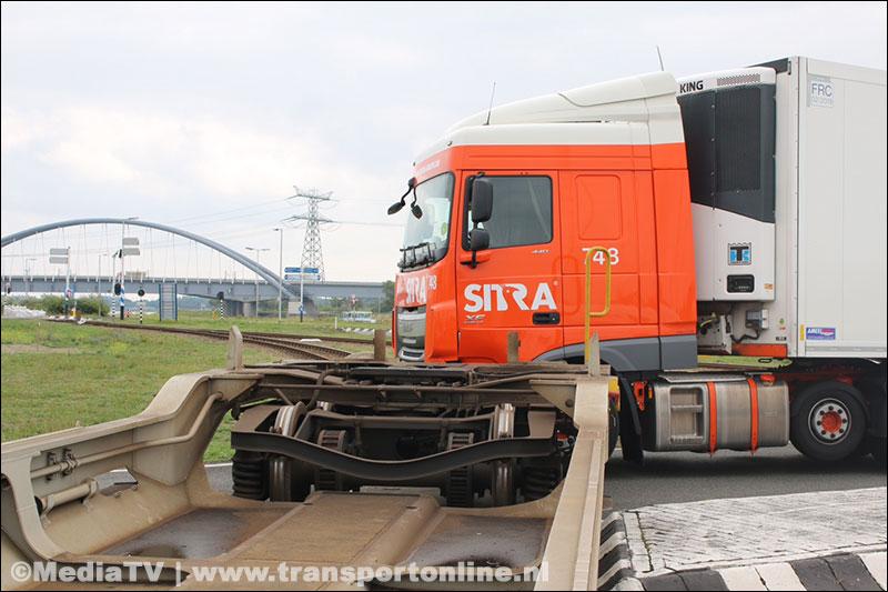 aanrijding-Rotterdam-Daf-