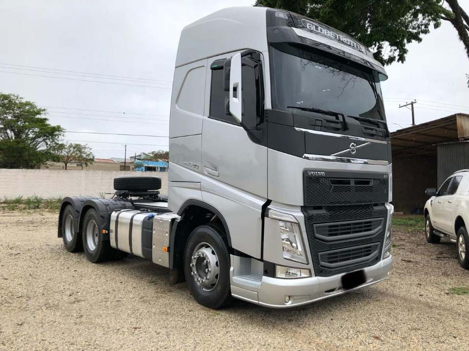 Volvo-540-6X4--1