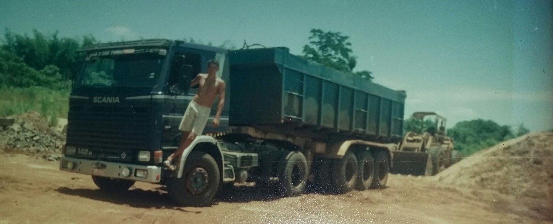 Scania-142-M-V8-Cristiano--18-anos