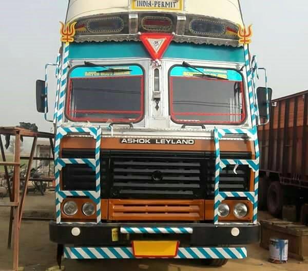 Ashok-Leyland-