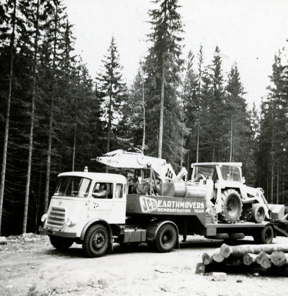 Herman-Grootjans-op-weg-naar-Munchen-1964-Daf-165--