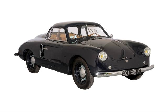 Renault-4CV-Vernet-1