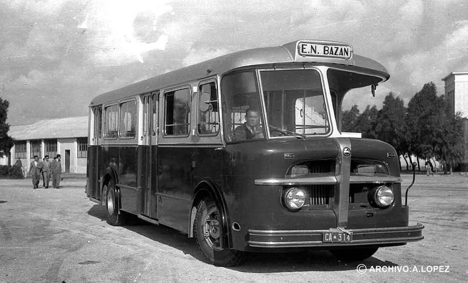 Pegaso-Bus-van-het-nationale-bedrijf-bazan-in-san-fernando--cadiz-