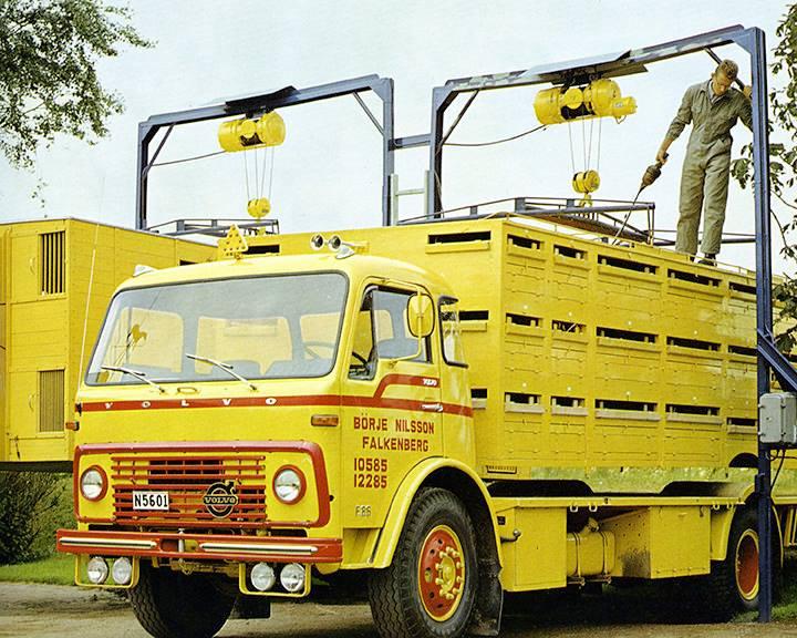 Volvo-F-86-1970-met-wissel-veebak-