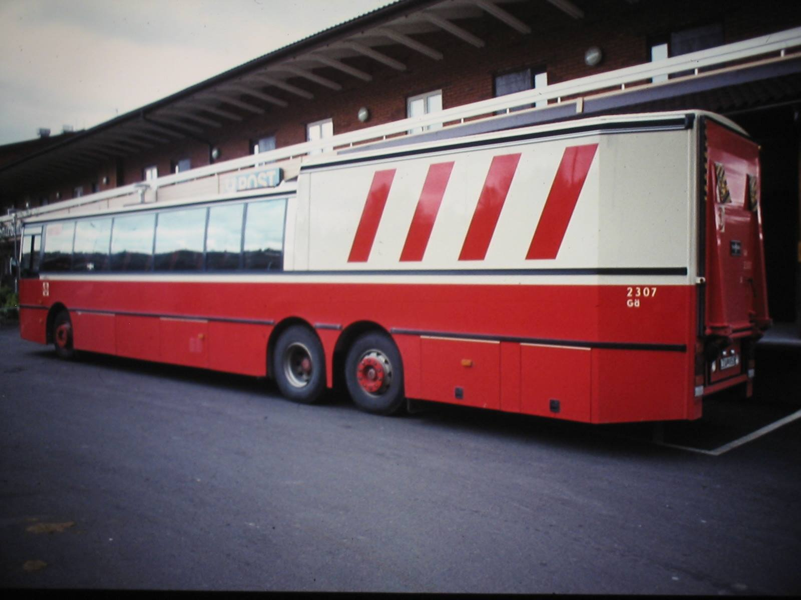 Volvo-Postbus-