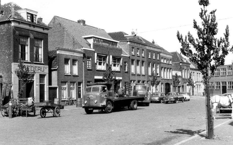 1957-Schiedam-Raam-Commer-Knocker-van-Kleinekoort-Poot-en-Baade