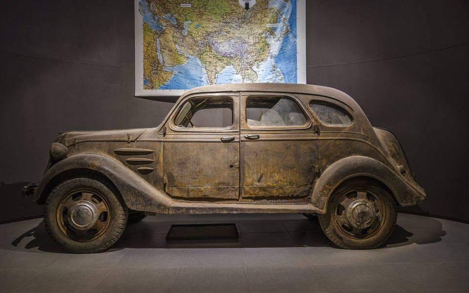 Toyota-AA-1936-3