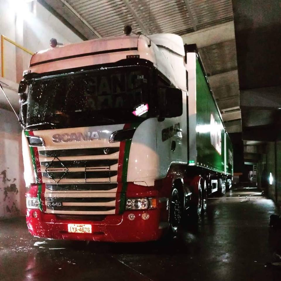 Volvo-Scania-Mix--1