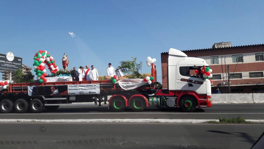 Volvo-Scania-Mix--5