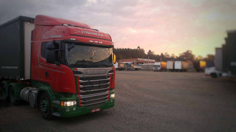 Volvo-Scania-Mix--6