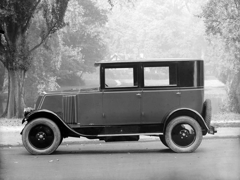 Renault-Type-NN-6-CV-Limousine-1924-30-3