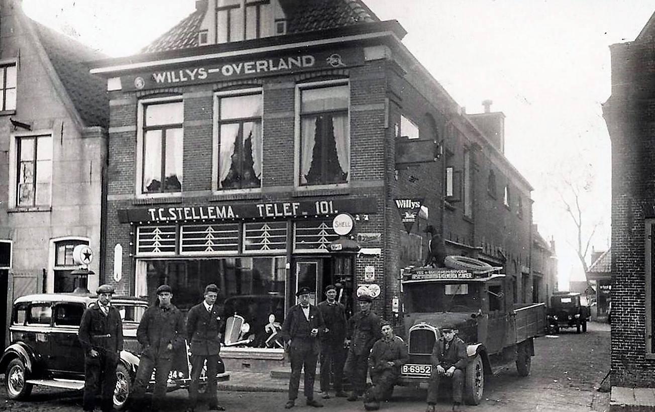 Holwerda-in-Dokkum-bij-de-dealer