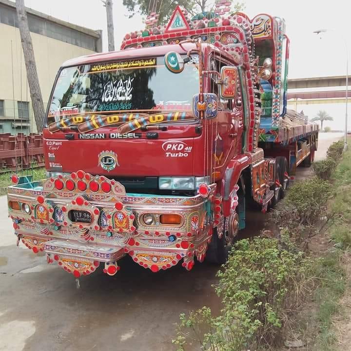 Nissan-Diesel-UD--Turbo-type-2005-6-Pakistan-